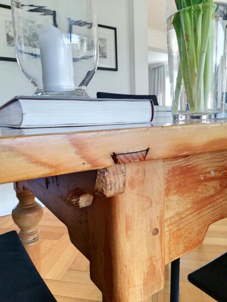 Homestory Zu Besuch bei Eric Dane Valerie Gerards Lifestyleblog Tisch